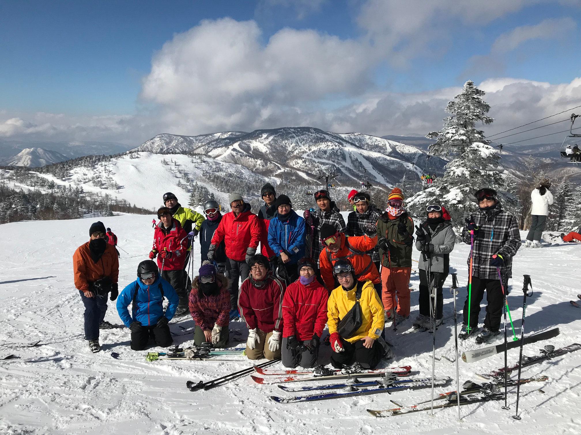 lab_ski_2018.jpg